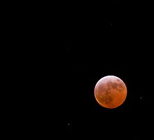 Lunar Eclipse by Simon Pow