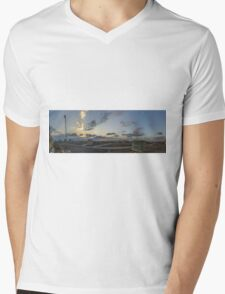 KAUST - PANORAMA Mens V-Neck T-Shirt