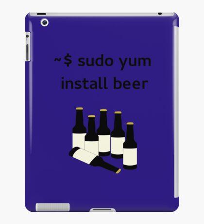Linux sudo yum install beer iPad Case/Skin