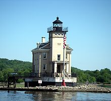 Rondout Lighthouse on the Hudson River by Wanda  Mascari