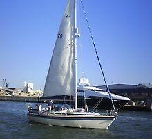 Sailboat by Tessuk