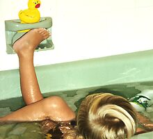 Rubber Ducky by rue2
