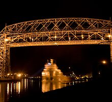 Aerial Lift Bridge by Daniel Rens