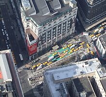 Looking down from Empire state building by hypefunk