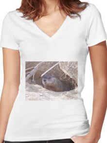 Mama Groundhog Women's Fitted V-Neck T-Shirt