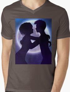 Couple silhouette in the night 2 Mens V-Neck T-Shirt