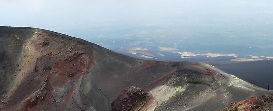 Etna Summit by tomheys