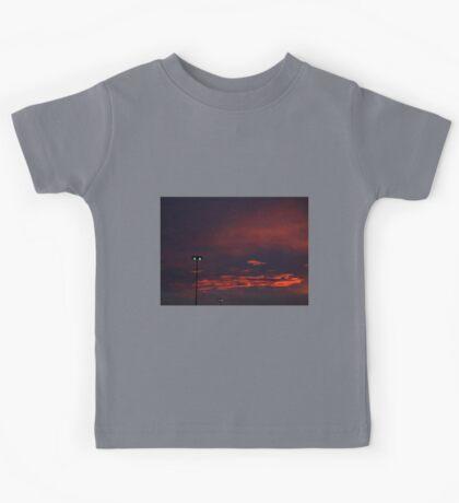 1014 - HDR Panorama - Sunset Kids Tee