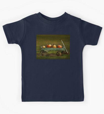 Autumn - Pumpkins - Free ride Kids Tee