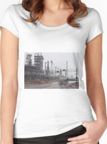 Giant of Fuel Women's Fitted Scoop T-Shirt