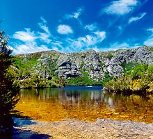 Crater Lake, Cradle Mountain NP by Jennifer and Paul Cave