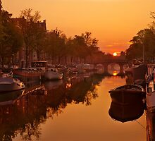Amsterdam Canal by Ben Stevens