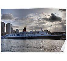 QE II - Leaving Sydney Harbour Poster
