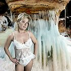Queen of Ice by tintinian