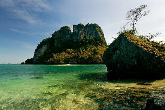 Phang Gna Bay Islands by Robert Mullner