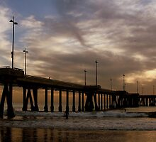 Short Walk, Long Pier by seanrainer