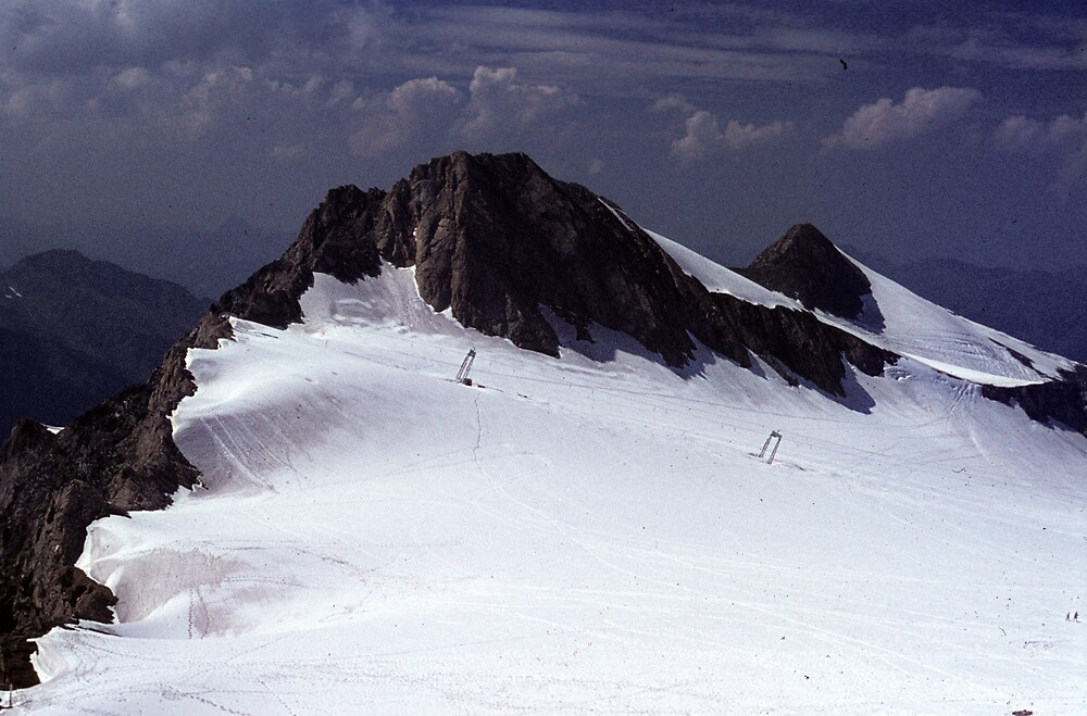 Icefield near Hintertux by bertspix