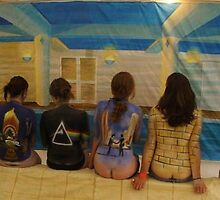 Pink Floyd Night Bodypaint by niggle