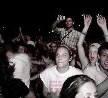 dancing crowd 2 by Stefania Manfreda
