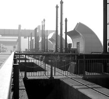Cardiff Bay by Mike Butchart