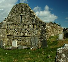 Abbey gable by mikeloughlin