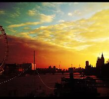 London at dawn by AliceRisodiva