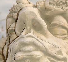 Gargoyle face by DeirdreH