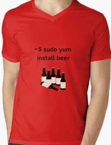 Linux sudo yum install beer Mens V-Neck T-Shirt