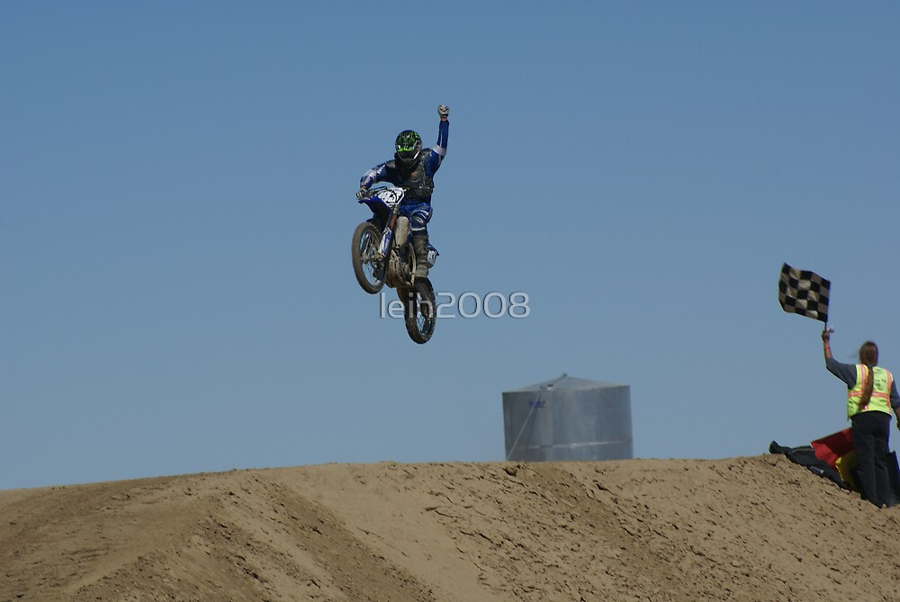 Motocross Victory celebrates his victory as he flys past the flag! USA by leih2008