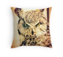 Great Horned Owl Vintage Portrait Throw Pillow
