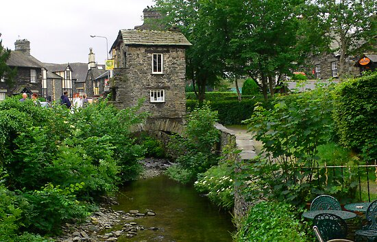 Bridge House, Ambleside by Tom Gomez