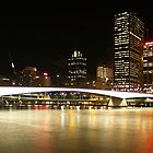 Victoria Bridge at night by flash62au