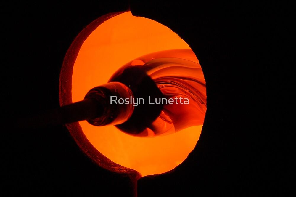art glass by Roslyn Lunetta