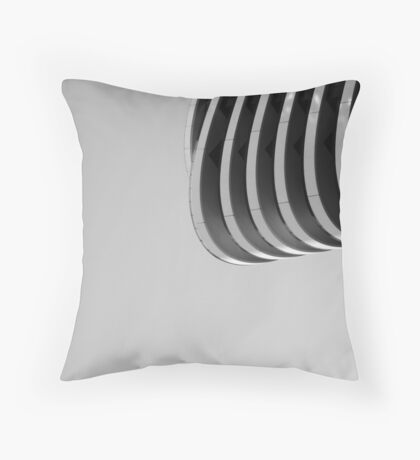 The Cry. Throw Pillow