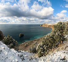 Snow and sea. by mikerussia