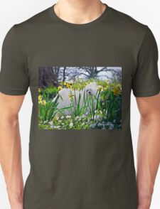 Snowdrop the Maltese & The Pretty Spring Flowers T-Shirt