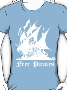 free pirates 2 T-Shirt