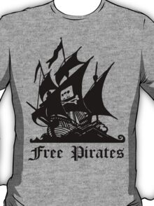 free pirates 3 T-Shirt