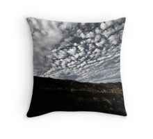 LandSkyPe02 Throw Pillow
