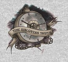 Time discovers truth  T-Shirt