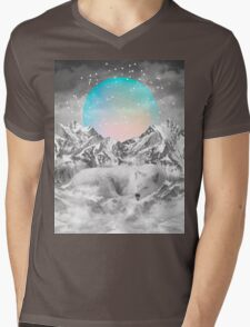 Put Your Thoughts To Sleep (Peaceful Moon / Wolf Spirit) Mens V-Neck T-Shirt