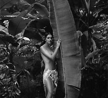 Girl in Tahiti by ShaneMartin
