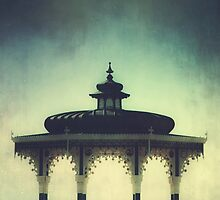 Brighton Bandstand by MattHollinshead