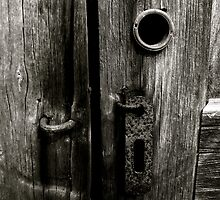 Rusted Lock by acerny