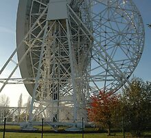 Lovell Telescope at Jodrell Bank 4 by bubblebat