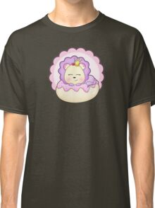 Cute baby animal lion on a pink icing Donut Classic T-Shirt