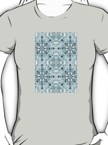 Soft Mint & Teal Detailed Lace Doodle Pattern T-Shirt