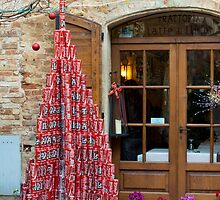 Coke-tin Christmas tree, Pienza, Tuscany, Italy by Andrew Jones