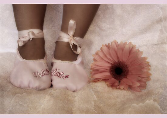 ~ Little Feet ~ by tonilouise