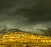 Muckish Mountain by tjmasi